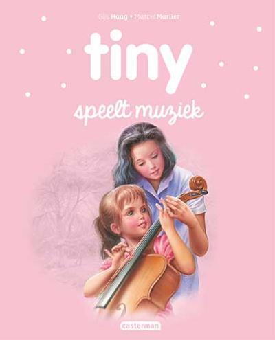 35 Tiny speelt muziek